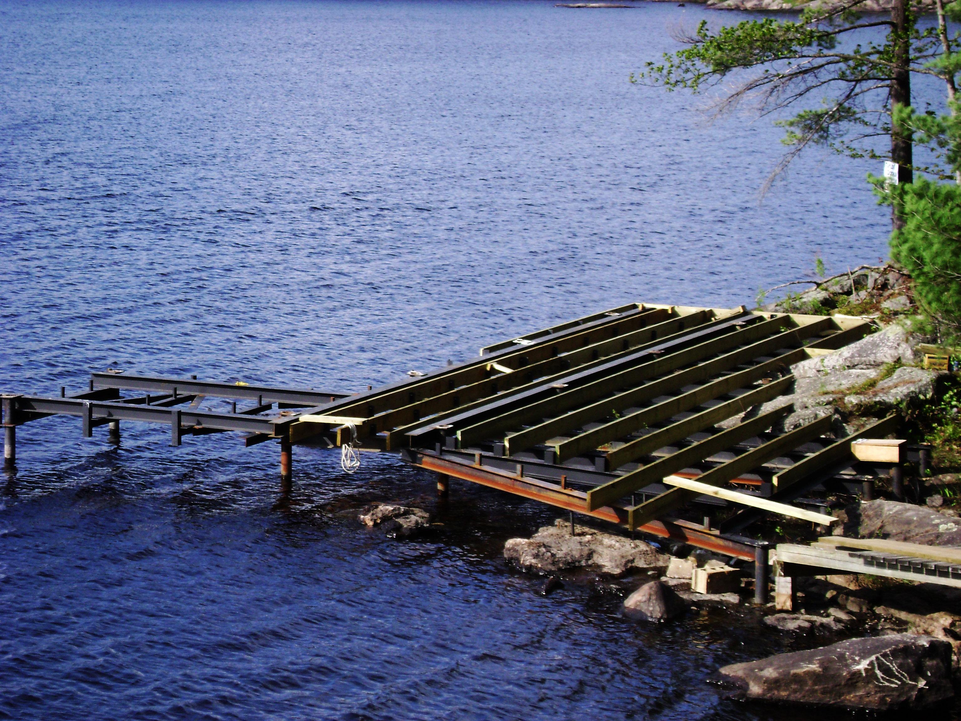 Ryde Lake Pile Dock 01